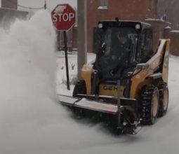 Уборка дорог в зимний период